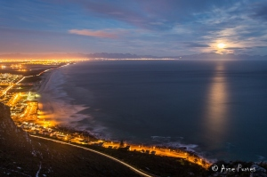Perigree Moon (Supermoon) for June 2013. False Bay, Cape Town.