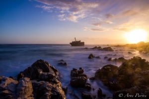 Meisha Maru Shipwreck At Sunset | Landscape Photography | ©Arne Purves